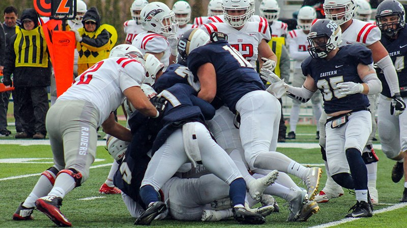EOU Football Comeback Falls Just Short in 31-25 Loss to SOU